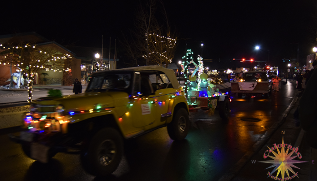 Christmas Parade Woodland Park floats are a glowing delight of color and Christmas Spirit bring out the community for a evening of fun