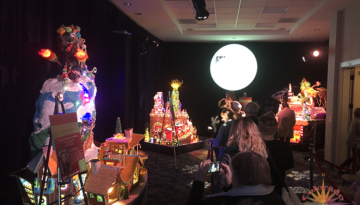 Gingerbread Houses Seattle bring delight in the Northwest, with top architecture firms and the assistance of top chef's creating this culinary dream how the Grinch stole Christmas.  This great event lends a hand to Juvienle Diabetes Research Foundation.
